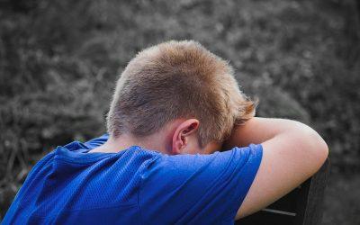 Amikor sír az iskolaudvaron…